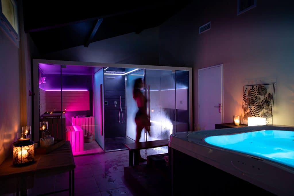Lou Broustaricq : camping avec spa et sauna à Sanguinet