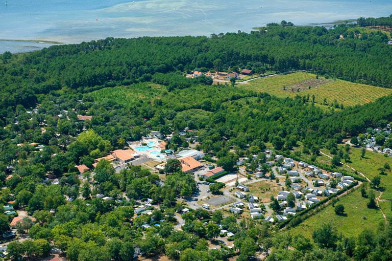 Lou Broustaricq : vue aérienne du camping Sanguinet