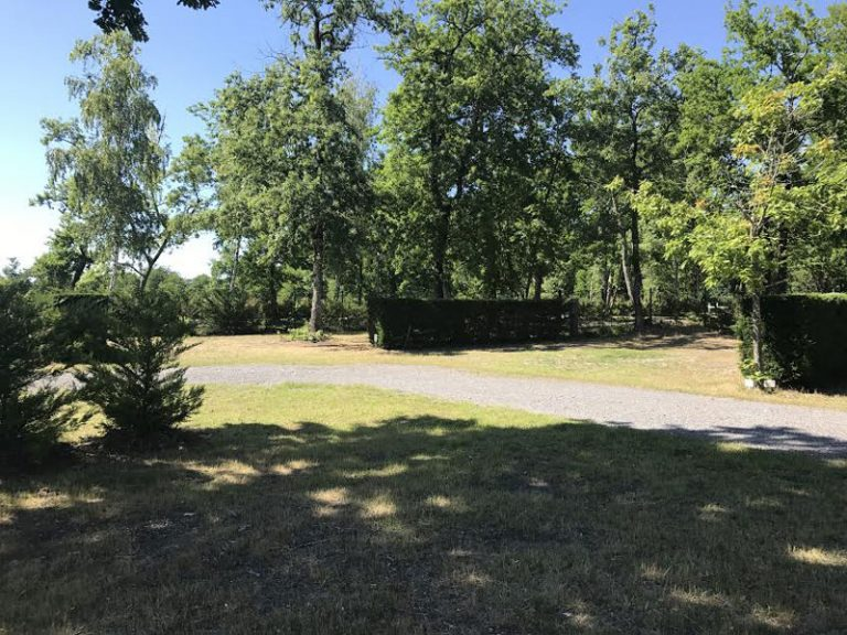 Lou Broustaricq : Emplacement camping Sanguinet
